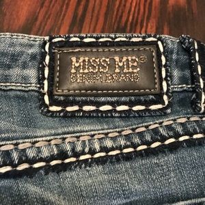 Miss Me Jeans - Miss Me Boyfriend Capri Size 27